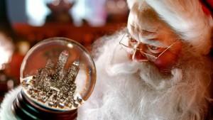 Santa_with_a_globe